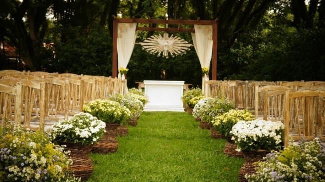 Casamento ao ar livre no campo