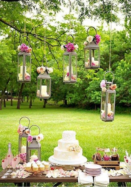 Luminárias rústicas em casamento