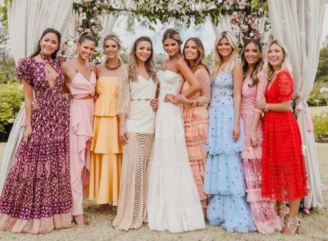 Vestidos para ir em casamento rústico