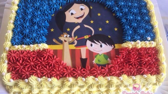 bolo decorado com papel de arroz do show da luna