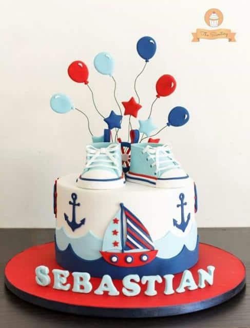 bolo para chá de bebê marinheiro com sapatinhos