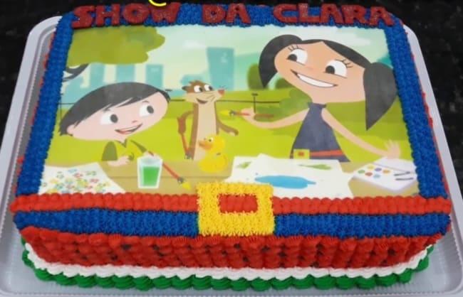 bolo quadrado com papel de arroz do show da luna