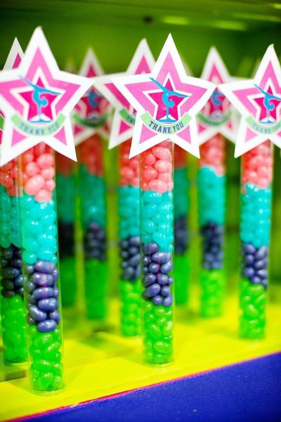 canudo de doces neon
