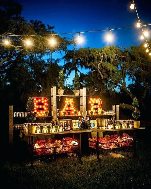 como decorar um casamento ao ar livre a noite