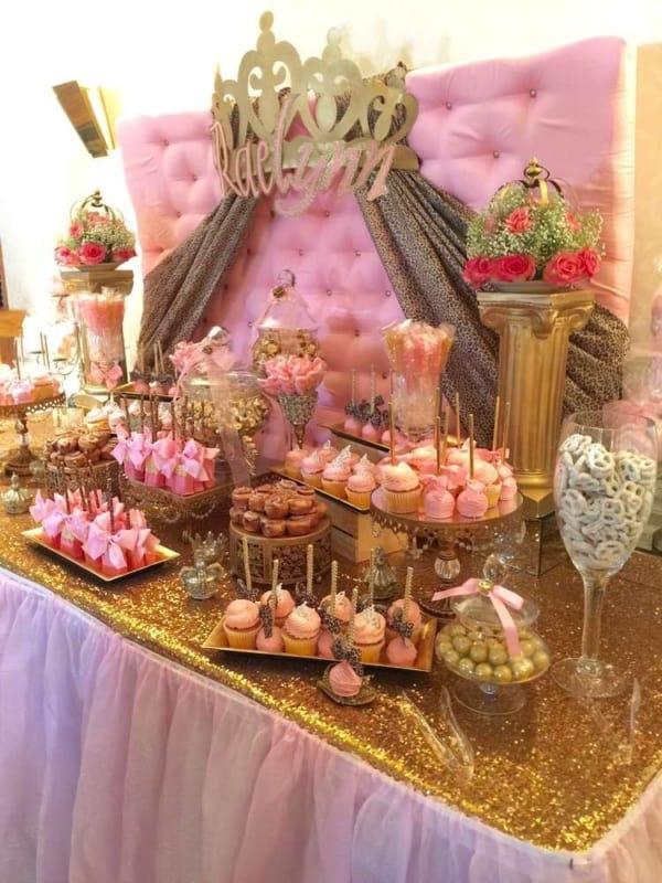 cores para festa de 15 anos dourado e rosa