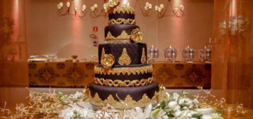 cores para festa de 15 anos mesa com bolo e flores