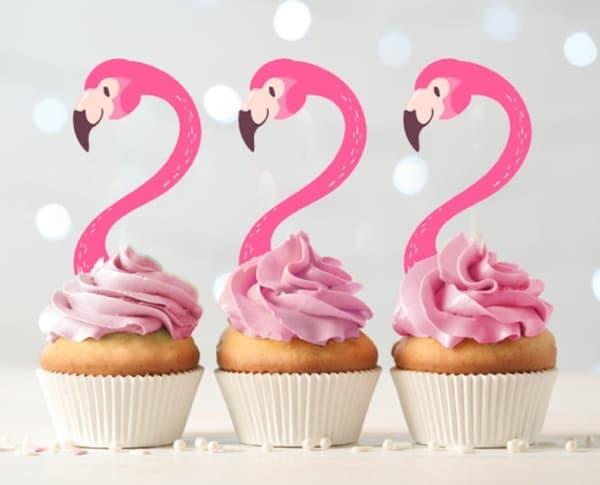 cupcake com flamingo de papel