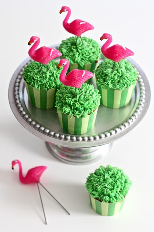 cupcake de flamingo verde
