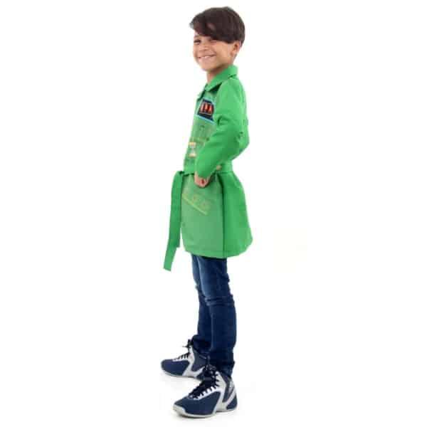 fantasia DPA verde com calça jeans