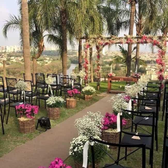 ornamentação de casamento ao ar livre
