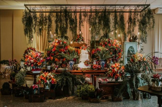 plantas em casamento rústico