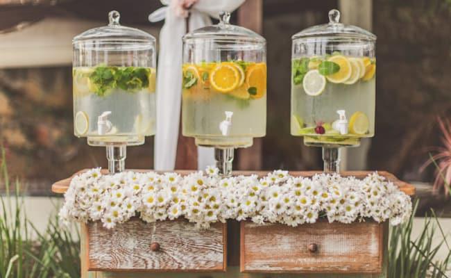 sucos em casamento rústico