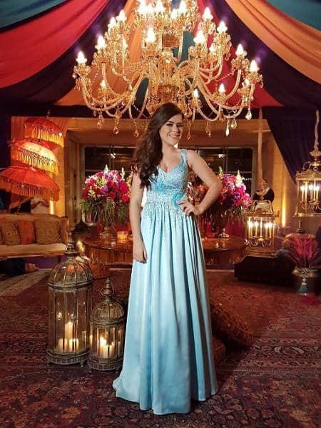 vestido azul da Maísa para festa de 15 anos evangélica