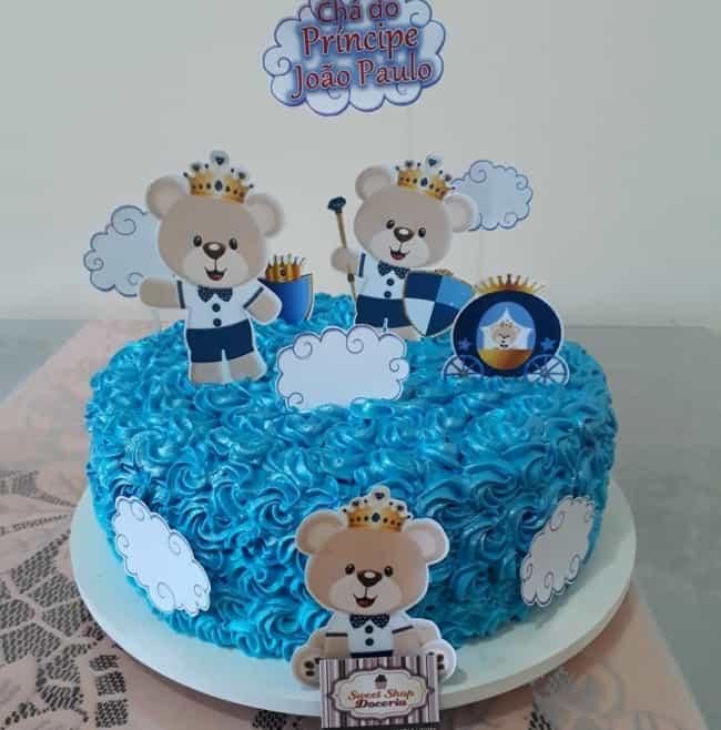 bolo redondo azul com toppers