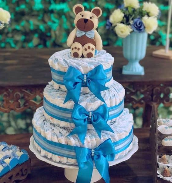 bolo decorado em azul