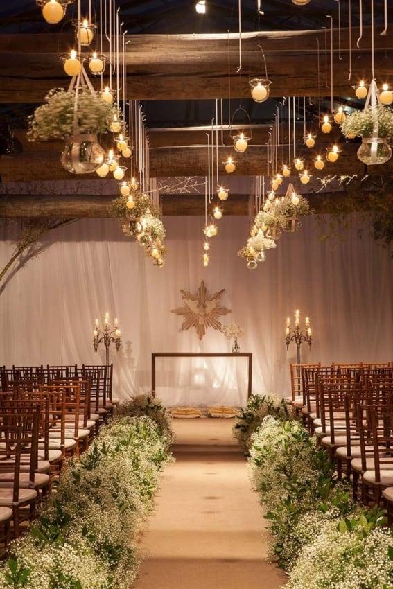 Casamento à noite decorado