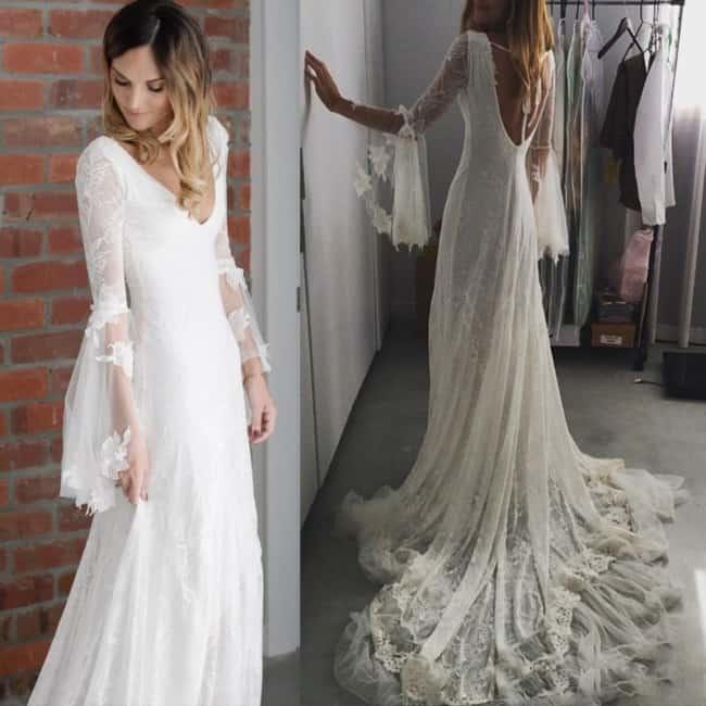 Noiva com vestido com manga flare rendada