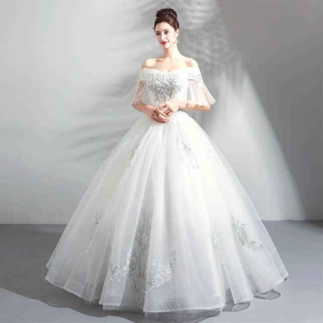 Vestido com manga princesa de noiva