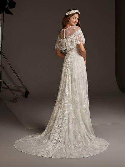 Vestido de noiva com manga curta de renda