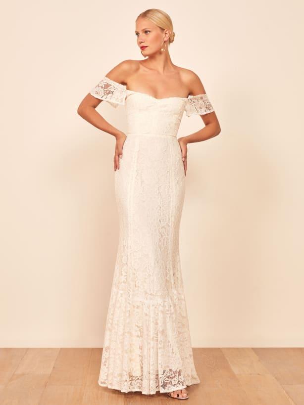 Vestido de noiva com manga rendada princesa