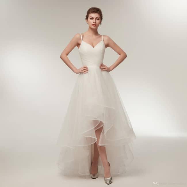 Vestido de noiva com saia mullet detule