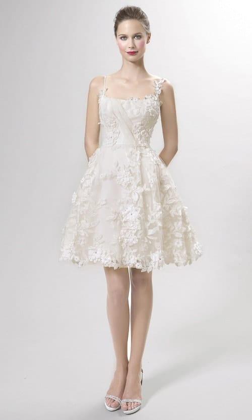 Vestido de noiva de alcinha rendado