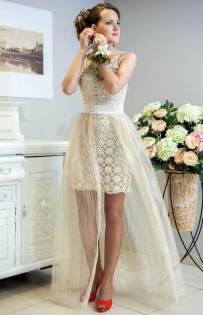 Vestido de noiva off white com saia adicional de tule