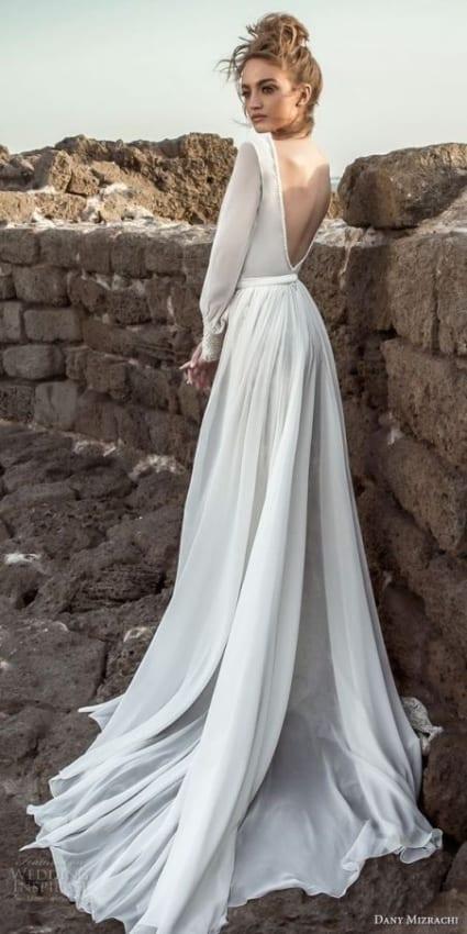 Vestido longo com manga longa de noiva
