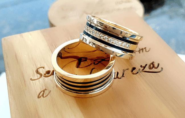 alianças de casamenti