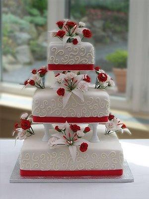 ideia de Bolo de casamento vermelho e branco