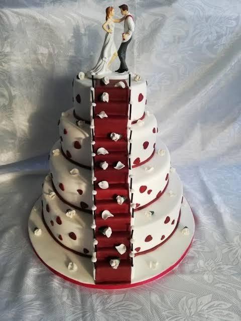 lindo bolo de casamento criativo