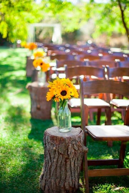 casamento simples decorado com girassóis