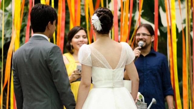 como escolher celebrante do casamento
