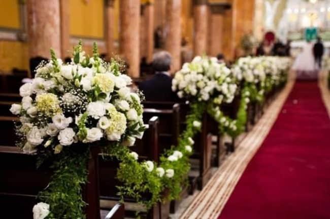 como fazer decoração de casamento na igreja