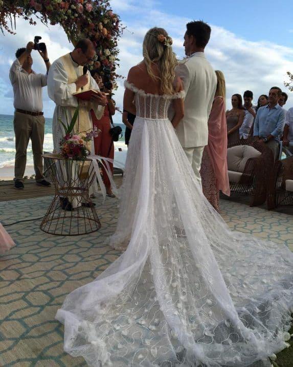 como escolher roupas dos noivos para casamento