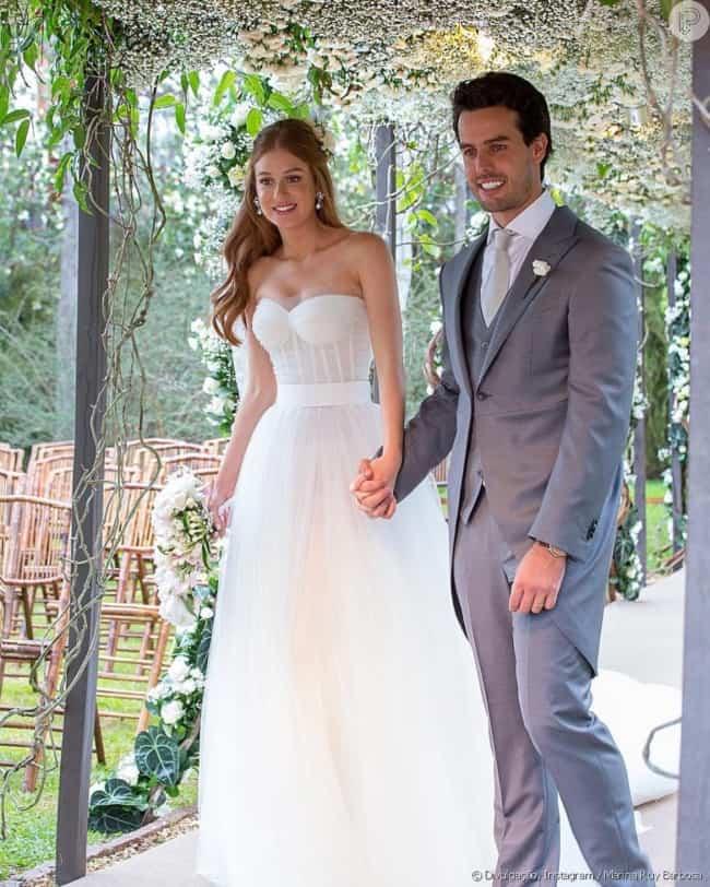 roupa da noiva e do noivo