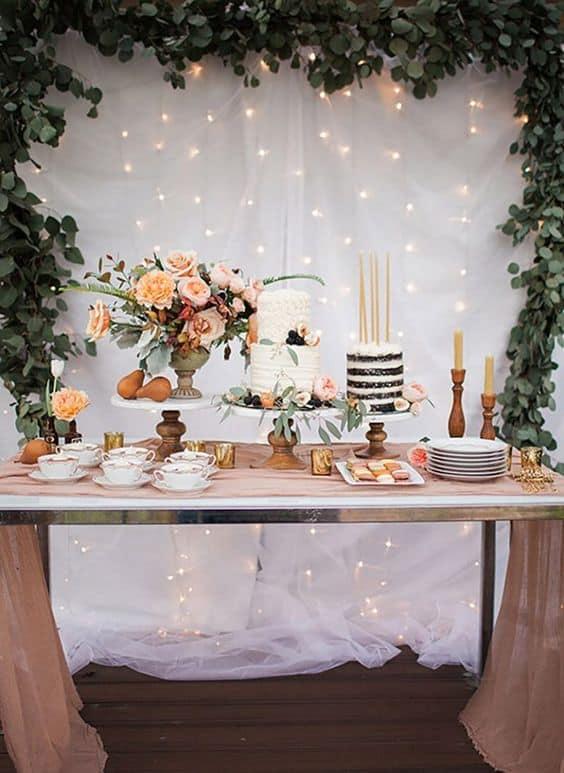 mesa de bolo simples para casamento