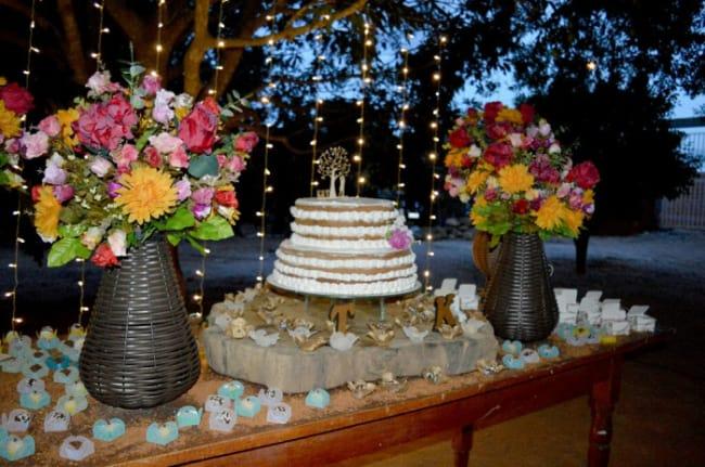 casamento decorado com luzinhas