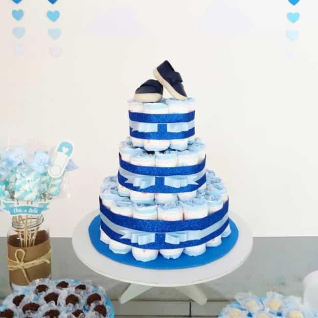 Bolo de Fraldas azul simples