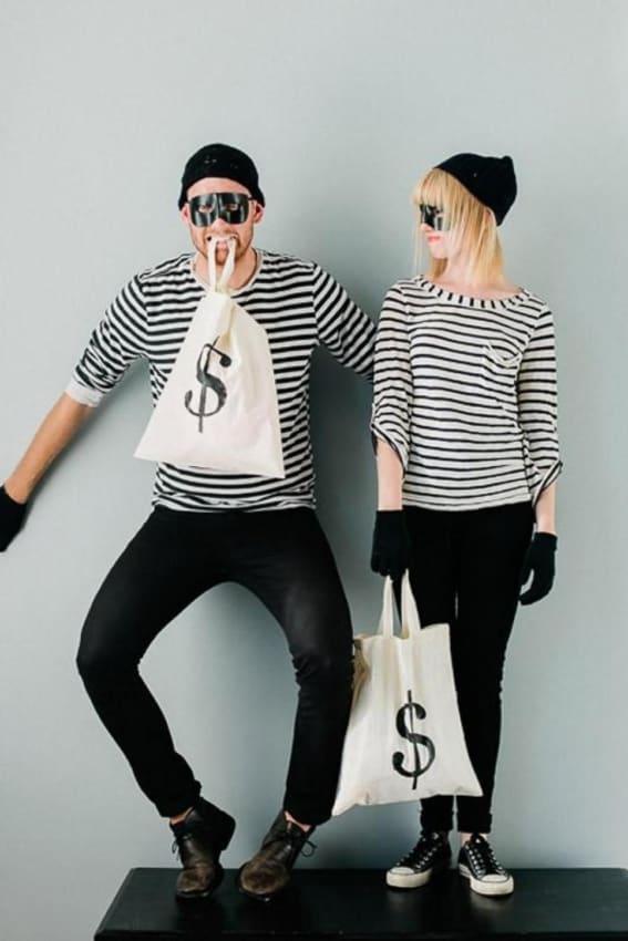 Fantasia de ladrões para casal