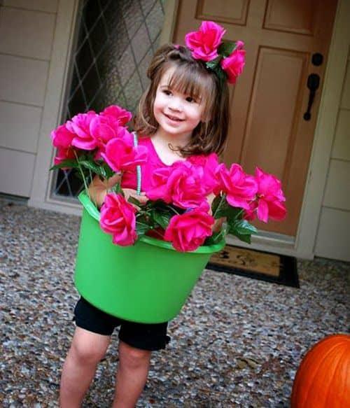 Fantasia de vasinho de flor infantil