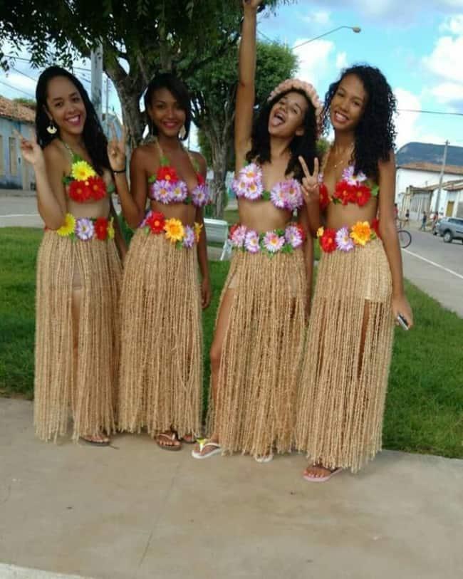 Fantasias de carnaval femininas de havaiana