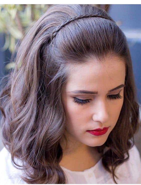 Penteado para casamento para quem tem cabelo médio