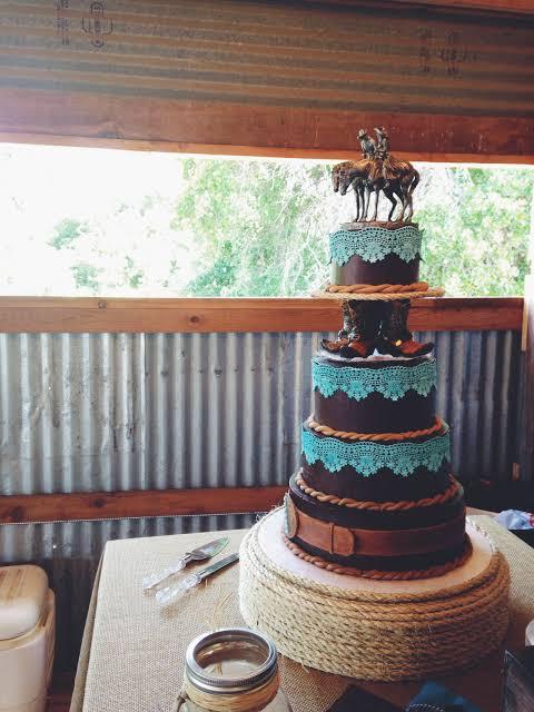 bolo de casamento rustico