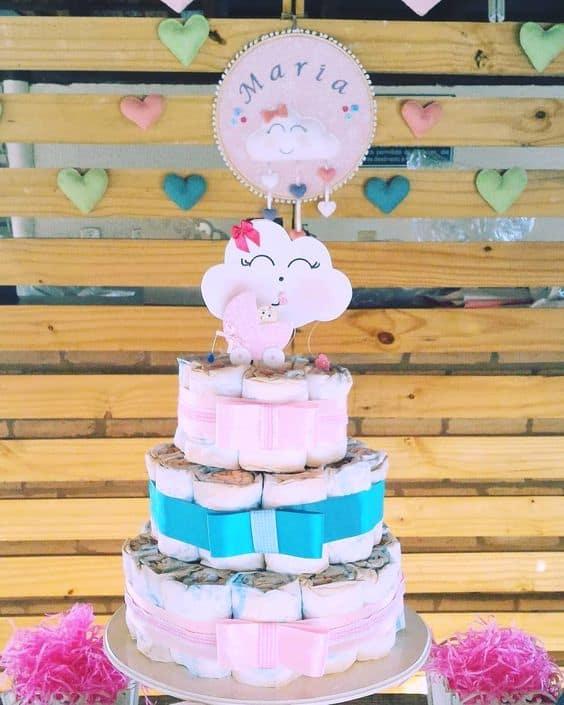 bolo de fralda decorado em rosa e azul