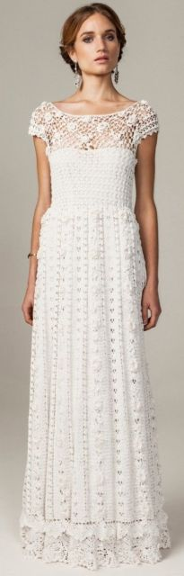 vestido de noiva evasê de crochê
