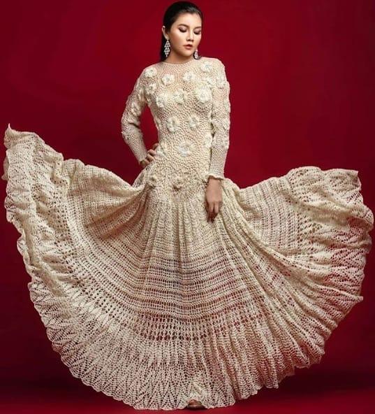 vestido de noiva de crochê com saia rodada