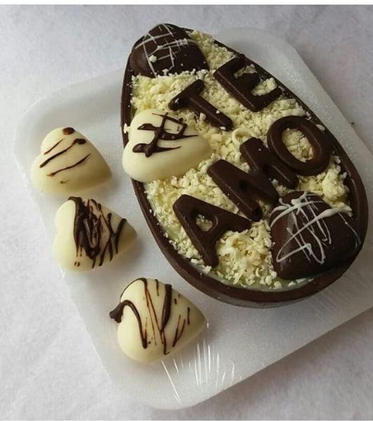ovo de páscoa decorado para namorado(a)