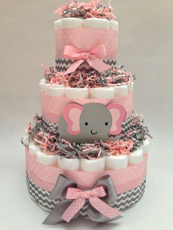 bolo de menina com decoração de elefantinho