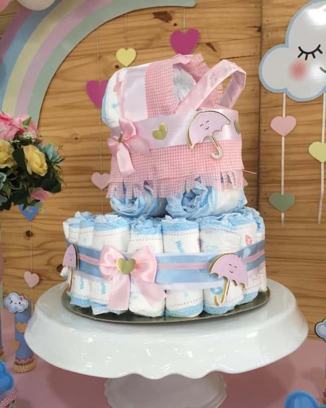 bolo de fralda rosa e azul chuva de amor